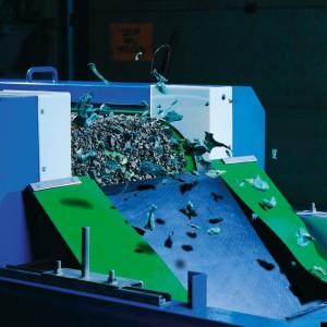sorting-scrap-493.jpg